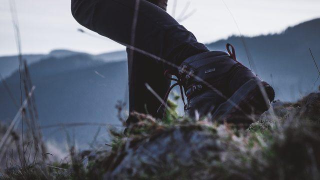 manutenzione e pulizia scarponi trekking